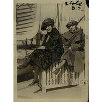 1920 Press Photo Angele Vivegnes and Cecile Parisot to wed U.S. soldiers WWI