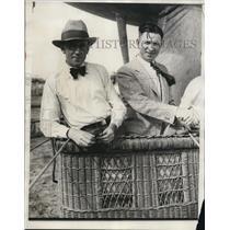 1931 Press Photo Anton G. Schlosser, Edward J. Hill in Hot Air Balloon, Detroit