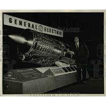 1967 Press Photo J.S. Parker, General Electric vice president and general
