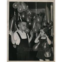 1951 Press Photo Grover Hull, 5; Pamela Rung, 3