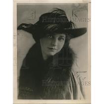 1920 Press Photo Jane Oaker at the Musical comedy Folk in Matrimonial Chof Suey