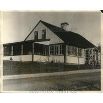 1926 Press Photo An Old Cape COD House near Waymouth, Mass.