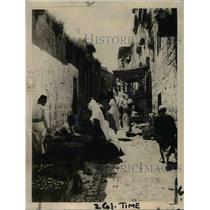 1919 Press Photo Street Scene in Bethlehem, populated by market vendors