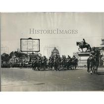 1927 Press Photo Mexican Presidential Guards escort the New American Ambassador