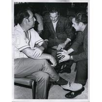 1970 Press Photo Air Controller's meeting Doug Berryman, rick Dojack and Ed