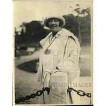 1922 Press Photo Mrs William Gavin, defeated by Miss Collet in Golf Championship