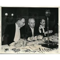 1933 Press Photo Nobel Prize Winners at Science Association Banquet