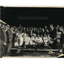 1925 Press Photo Crowd