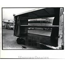 1982 Press Photo Slow Down of United Airlines at Hopkins Airport