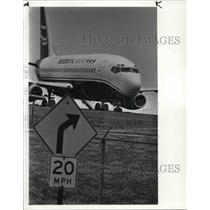 1986 Press Photo Presidential Airways plane
