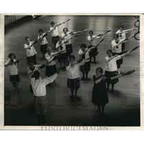 1925 Press Photo Five Grandmothers Gymnastics Class, Boston Municipal Gym Class