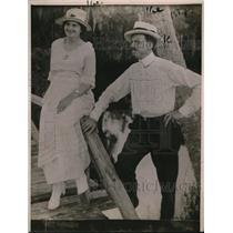 1920 Press Photo Ernst Ewold Steinhouse and Wife