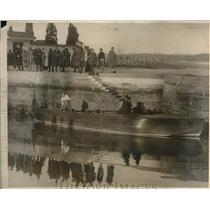 1927 Photo William Leeds and wife Princess Xenia test fantail speedboat
