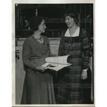 1931 Press Photo Mrs. C.B. WIlliams and Mrs. H.E. Thompson.