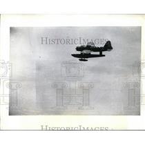1942 Press Photo U.S. Patrol Plane pick up men in Torpedoed in Caribbean.