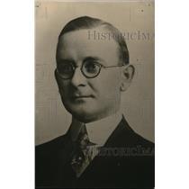 1916 Press Photo CC Lyon writer for NEA