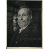 1918 Press Photo Dr. Thomas H. Norton, Dye Expert and Chemist