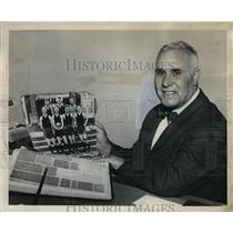 1963 Press Photo Basketball Coach Lou Gallo of Peninsula Park Center - ora28137