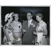 1960 Press Photo Congressman William Minshall with Mrs Gerald Smith