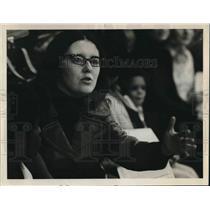 1974 Press Photo Coach Carol Khan of the Roadrunners - ora43521