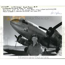 1989 Press Photo Jim Cline show off China Doll a C-46 cargo plane - ora11179