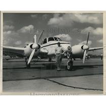 1954 Press Photo Ralph Kappler with Beechcraft Model B50 Twin-Bonanza - ora48997