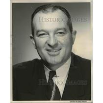 1956 Press Photo K.C. Jones United Air Lines Manager Regional Affairs - ora47380