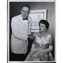 1961 Press Photo Mr and Mrs Hilbert Johnson at the President's ball at Aero Club
