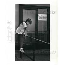 1989 Press Photo Matthew McLendon youngest pilot