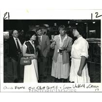 1984 Press Photo Crissa Elliot given grand tour of Portland Internation Airport