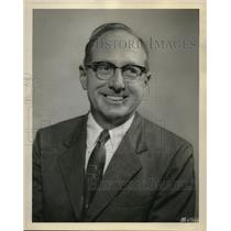 1958 Press Photo W.J, Harrow Air Lines manager of ticket sales - ora36971