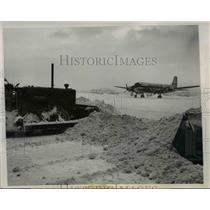 1947 Press Photo Chicago Municipal Airport Runway After 10-Inch Snowfall