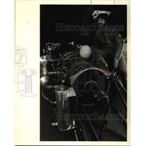 1985 Press Photo Rick Kike,s Lynne Redeman Strapped to jet engine - ora45359
