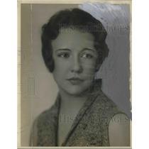 1930 Press Photo Betty Day of Doel's house - ora19555