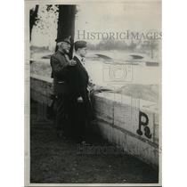 1927 Press Photo Captain Waggo and Arthur Sewell, blind Legion delegate
