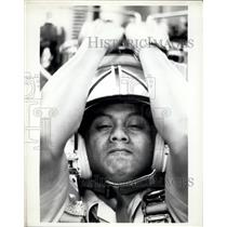 1982 Press Photo Candidate Fernando Villanueva in ejection seat training