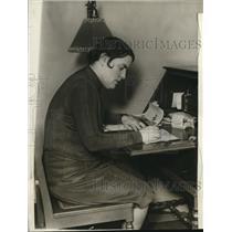 1929 Press Photo Mildred Johnson American aviatrix sails from NYC
