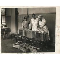 1931 Press Photo Mrs Urulff, Mrs Helene Zwierlein