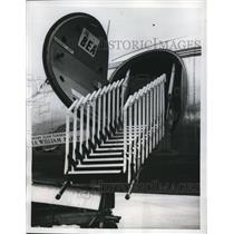 """1959 Press Photo A hydraulically operated, folding stairway called """"Airscalator"""""""