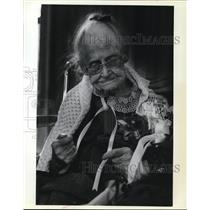 1981 Press Photo Grace Lewis, 104 years old born in Mondamin, Iowa 11/26/1877