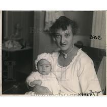 1923 Press Photo Mrs Ernest Burton Formerly Eugenia Kornenko and Daughter Nina