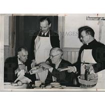 1939 Press Photo Gov. Harold E. Stassen, rev. John Gregory Murray & James Doyle