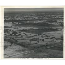 1941 Press Photo Florida swamp arear with highway near plane crash
