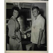 1948 Press Photo Ruth Renden and Richard Olivera, pilot and owner of plane