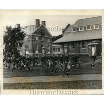 1927 Press Photo Dartmouth Univ football squad at training - nes26572