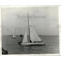 1932 Press Photo Boat Longtail & EC Gosding in Hamilton Bermuda race - nes26610