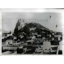 1967 Press Photo The Gibraltar's famous rock as the Spanish jets swoop low