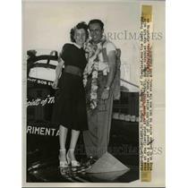 1949 Press Photo Robert I Eucker Won Sohio Trophy and his Wife Alice
