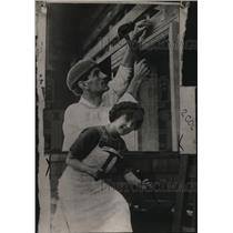 1912 Press Photo Novelist Herman Whitaker and Wife Building Their New Home