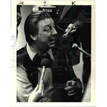 1985 Press Photo Released Hostage James Savant